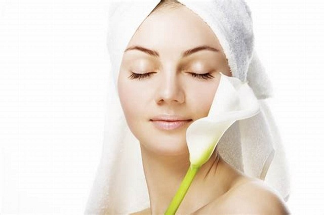 Top 7 Tips to Remove Acne Scars