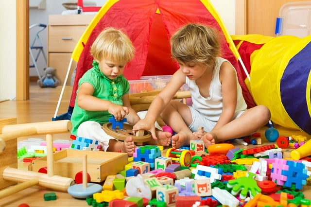 Decluttering Kids' Room